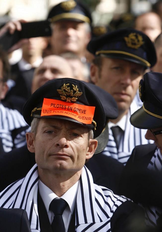 Air France pilots' strike in Paris