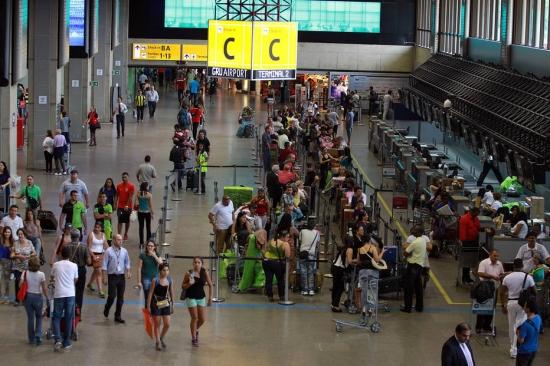 Passageiros poderão despachar as malas sozinhos em Cumbica