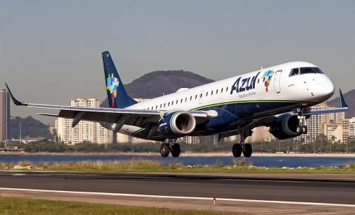 Embraer E195
