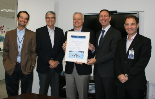 Antonoaldo Neves, presidente da Azul; Carlos Ebner, diretor da IATA para o Brasil; David Neeleman, fundador da Azul; Peter Cerda, vice-presidente da IATA para a América; e José Mario Caprioli, fundador da Tri