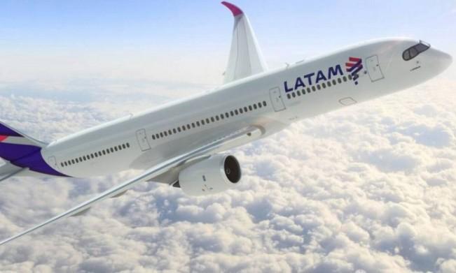 Avião da Latam - Divulgação
